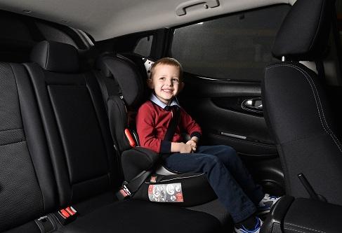 schnelle auto sonnenschutz ohne folie cool shades. Black Bedroom Furniture Sets. Home Design Ideas